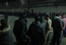 У СРЕД КОРОНЕ: Пакистанци пристижу у Лозницу, упадају у зграде и пију воду из реке!