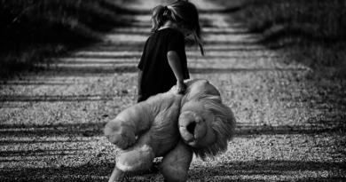 После три године агоније и бола, отета девојчица Марија Тркуља враћена својој породици
